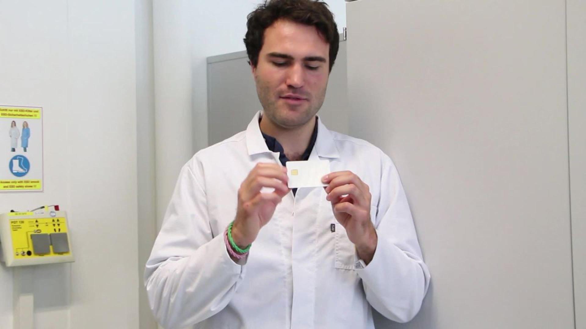 Was macht eigentlich ein Ingenieur für Elektrotechnik bei Infineon? Unser Kollege Jan nimmt Euch mit in seinen Arbeitsalltag und zeigt, was man mit einem Studium der Elektrotechnik so alles machen kann.