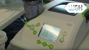 Prophylaxe Behandlung mit dem W&H Piezo Scaler Tigon