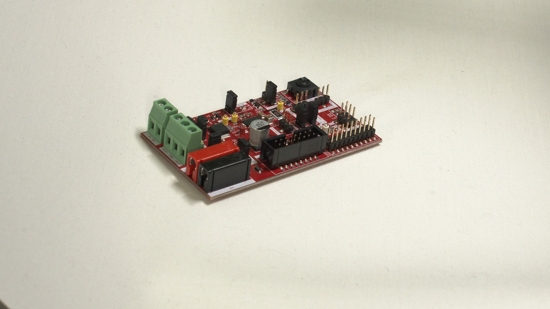 Unboxing of the Infineon Lite SBC TLE9461/71 Evaluation Board